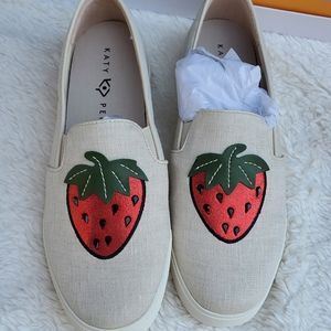 Katy Perry strawberry sneakers 10 NWB